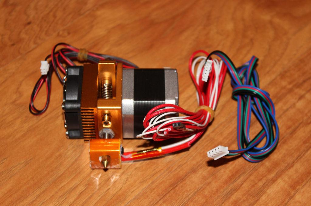 MK8-EXTRUDER-002