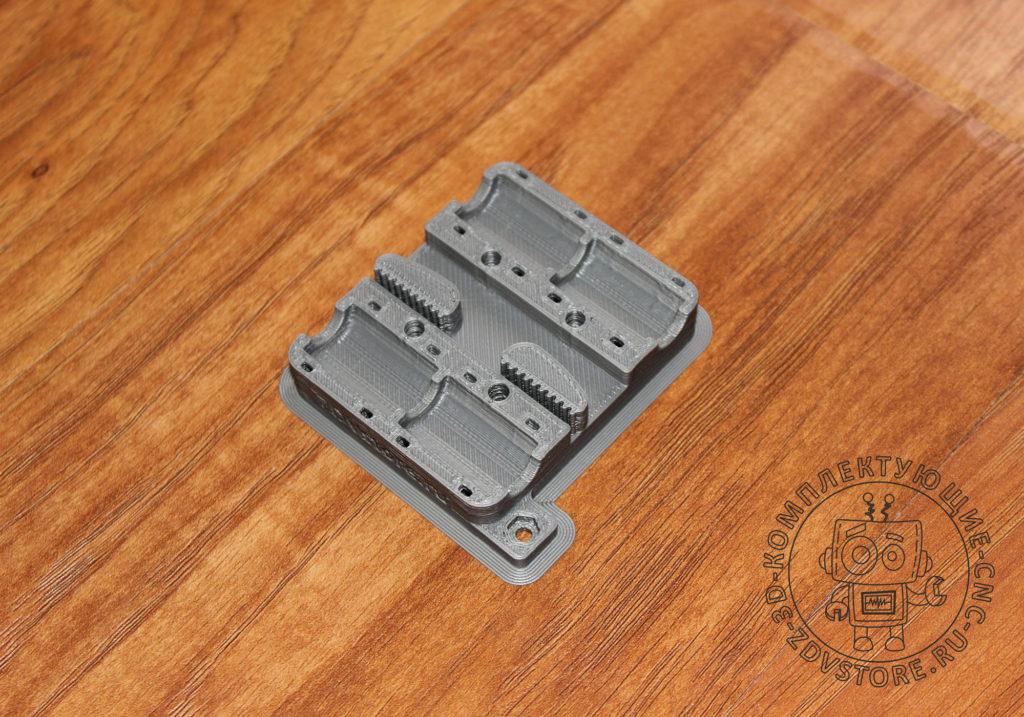 ZDV-PRUSA-I3-V2-CASE-PLASTIC-023